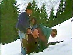 Von Oma fickt in den Bergen