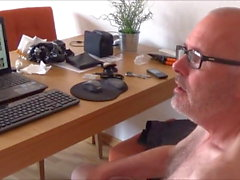 Ulf Larsen apresentar seu pornô &-se