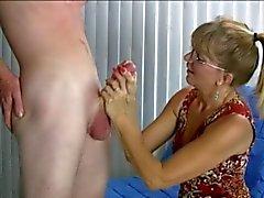 Masturbación increíble con Ending Humorístico
