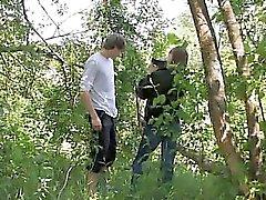 Unsere erste verdammtes im Wald