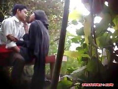 BanglaDeshi Boys and Girls Sexo no Parque