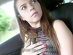 Peituda adolescente Marina fodido para um passeio de gratuito