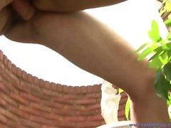 Cute & Petite TS Babe Caro liebt Gesehen, während sie gefickt!