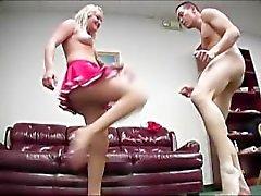 Brutal Domina Ball Busting 07 - Szene 3