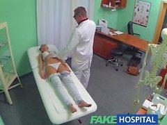 FakeHospital нимфоманка брюнетка подросток снова в офис докторов