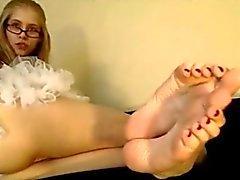Goddess Kyaa - Bare-Foot Talking Stroke Instructions