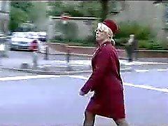 vrouwelijke parkeerwachter in warmte 2of2 ( Frans ) ò.Ó