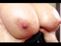 Asiatischer Mutter Tit Fuck