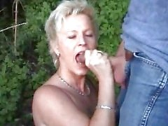 Mature amateur housewife sucks and fucks outdoor