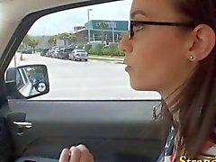 Hermético al teen de aficionados clavadas dentro del coche