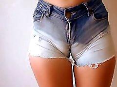 Populär Enge Jeans Video Clips