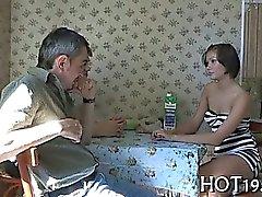 Becario mira el hermosos No. GF el sexo