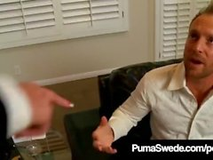 Hot vollbusige Blondine Puma Swede & Kelly Madison saugt Ehemann Off