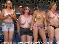 echten Frauen im mittleren Westen Biker Rally gehen wild