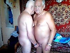 2 Grandpas wanking