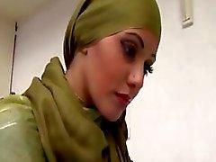 Arabische Babe Couch Neuken