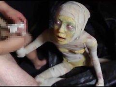 Menina japonesa da mamã da pornografia do horror