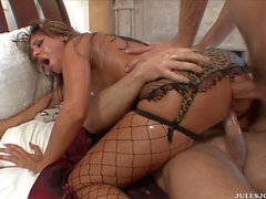 Britney Stevens loves to be fucked like an animal