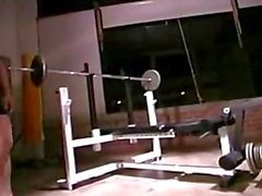 Musclebull aufwerfen