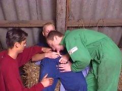 Kerle auf dem Bauernhof - NiAl-