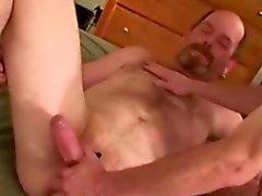 Medelålders gammala bear amatören anal leksak lek