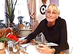 Швеции жене роговые