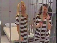 Лицам нетрадиционной Jail пупсики 3 Сцена 3