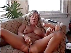 Андхра June masterbates лесбийской порно