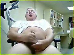 El abuelo masturbarse