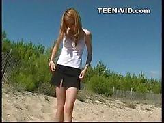 nudista adolescentes en la playa