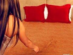 Esperanza Gomez im Story Of A Callgirl