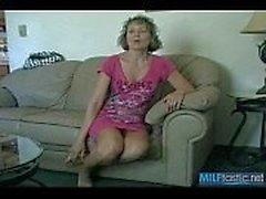 Hot Milf gefickt von Cop in Motel Room