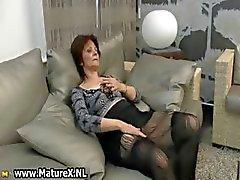 Mogen hemmafru blir kåta från