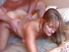 Gorgeous mogen blondin älskar att knulla