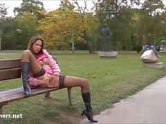 amateur sexy Lanas nudité en public et en plein air de clignotement gir