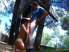 Morena linda Encuentra Madera Dura En La Forest.mp4