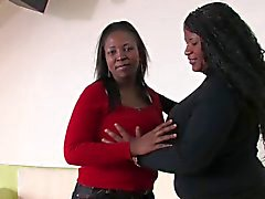 MILF Black Breastfeeding