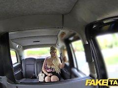 Fake Taxi Curvy blondin med stora bröst och stor rumpa