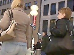 Spy камеры в Россию следит вокруг толпе получать зад