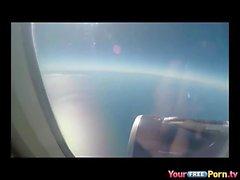Минет в самолет