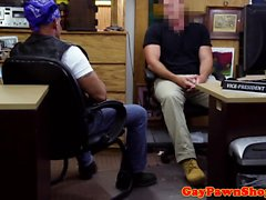 Straight pawnee biker plöjde in häck