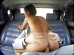 Sexo pro asiático em um carro apelidado de vozes .. RDL - xHamster.com