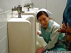 Aziatische pop is het reinigen van het verkeerde publiek