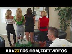 Reunião de negócios se transforma em sexo escritório de hardcore