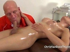 Christian Shemale Massage - Scène 5