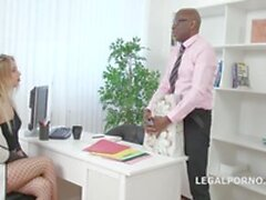 doctors black dick anally treats his nympho patient