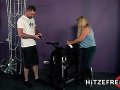 HITZEFREI Blonde German BBW rides sybian then fucked