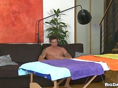 Steamy sexy massage session for horny gay fellow