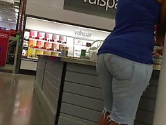 Ebony MILF Jean Shorts Hanches et Ass