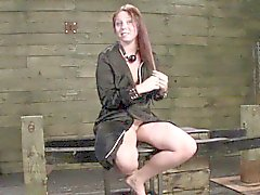 Subs chatte de bdsm poings
